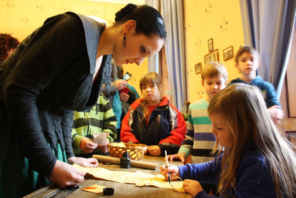 Děti plní úkoly v průběhu dětské prohlídky