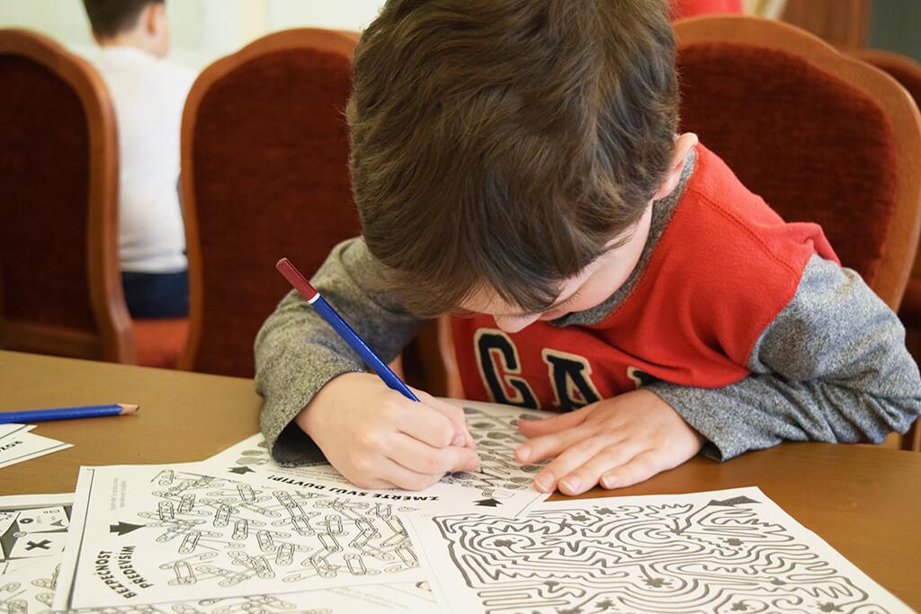 Děti si pomocí mozkohrátek lámou své hlavičky