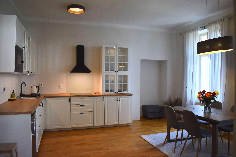 Pohled na kuchyni v apartmánu